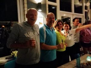 Gemengd dubbel 35+ vrijdagavond: v.l.n.r. Cor Vernooij, Bart de Graaff, Marlies Maat en Marlies van Elst (niet op de foto: Elma van Wijk).